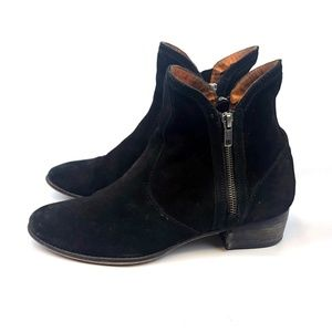 Seychelles Lucky Penny Suede Booties Double Zipper